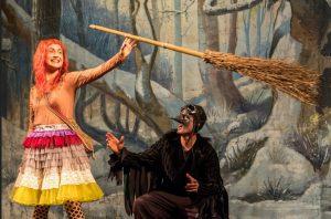 Die Kleine Hexe und Rabe Abraxas (c) Foto Oliver Fantitsch